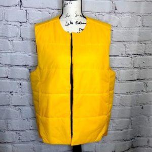 Men's Adidas Yellow Snap Front Vest - medium